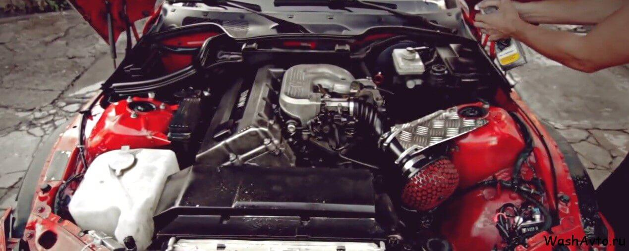 как помыть двигатель автомобиля1